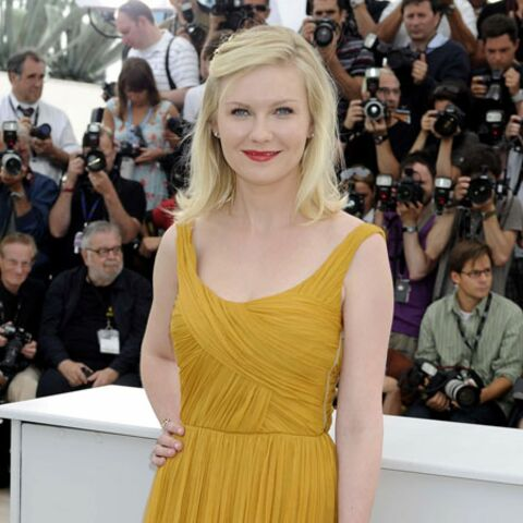 Kirsten, princesse en jaune safran