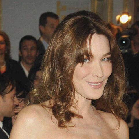 In bed with Carla Bruni-Sarkozy