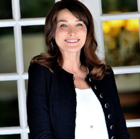 Carla Bruni-Sarkozy, sacrée reine d'élégance