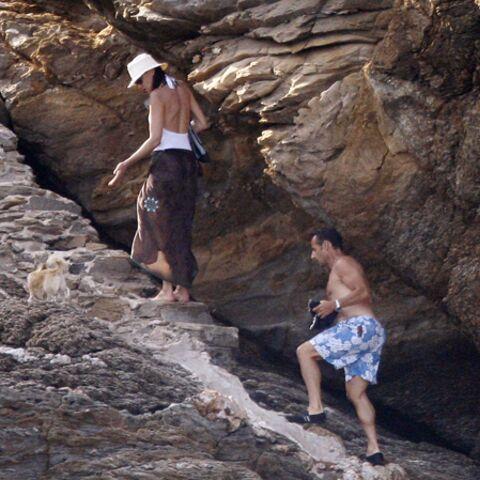 Les Sarkozy en vacances: séance photo au cap Nègre
