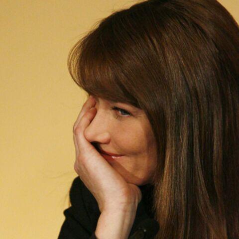 Carla Bruni-Sarkozy: le Président l'a à l'oeil!
