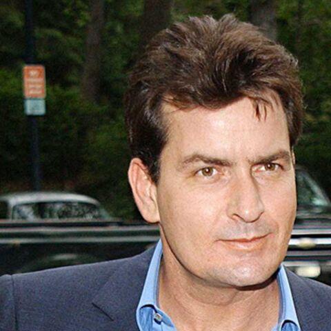 Charlie Sheen redevient Carlos Estevez
