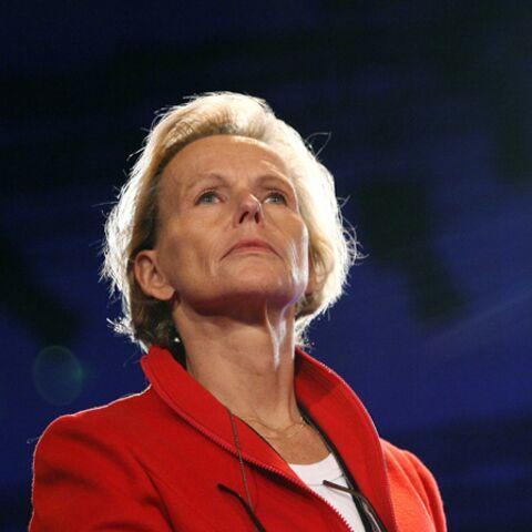 Christine Ockrent: la reine abdique… pour l'instant