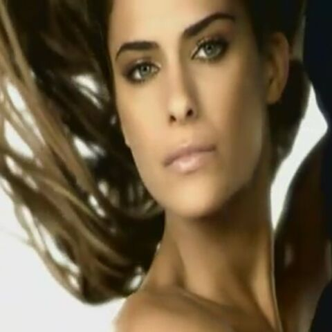 VIDEO – Clara Morgane toujours aussi sexy
