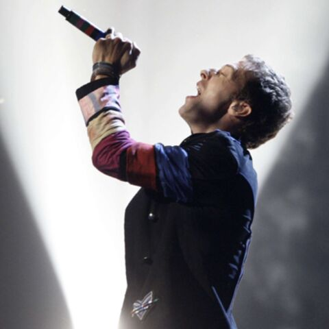 Vidéo- Coldplay pleure Amy Winehouse