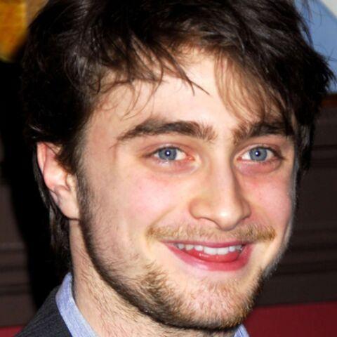 Daniel Radcliffe ensorcelé par un drag queen