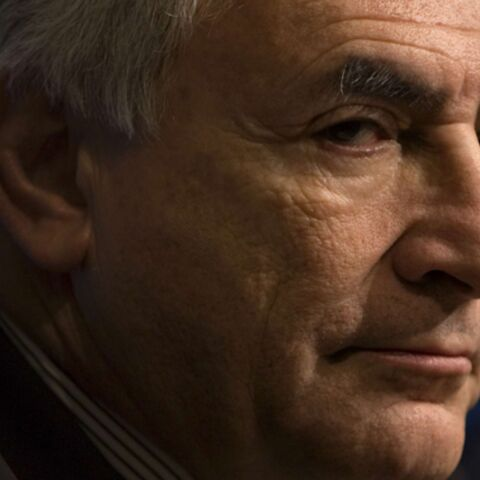 DSK attaque Régis Jauffret en diffamation