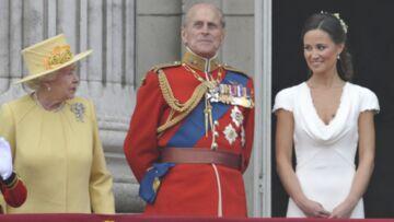 Elisabeth II a un œil sur Pippa