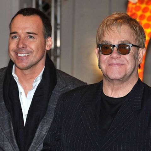 Photos- Shopping de Noël chez Sir Elton John