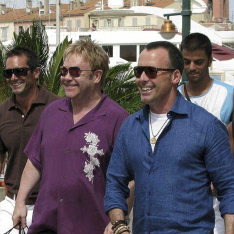 Ouf, Elton John est à Saint-Tropez!
