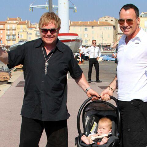 Elton John si fier de son petit Zachary