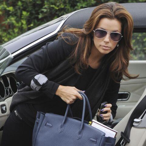 Eva Longoria prise la main dans le sac