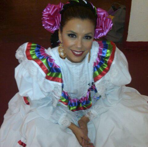 Eva Longoria, danseuse de folklore mexicain!