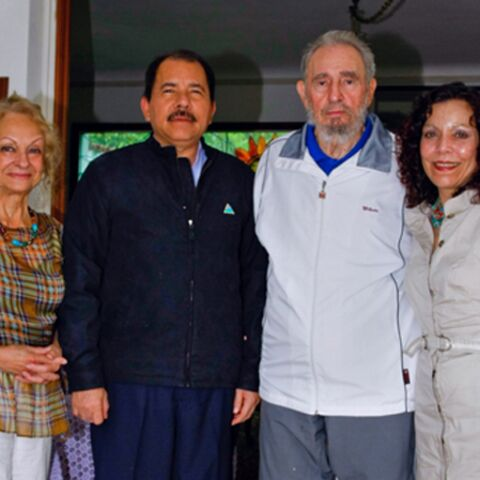 Scoop: Fidel Castro, en photo avec sa compagne