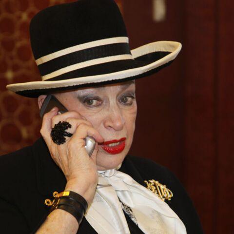 Geneviève de Fontenay: y'a l'téléphon qui son!
