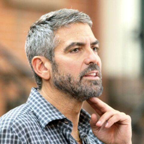 George Clooney et Mia Farrow en visite au Tchad