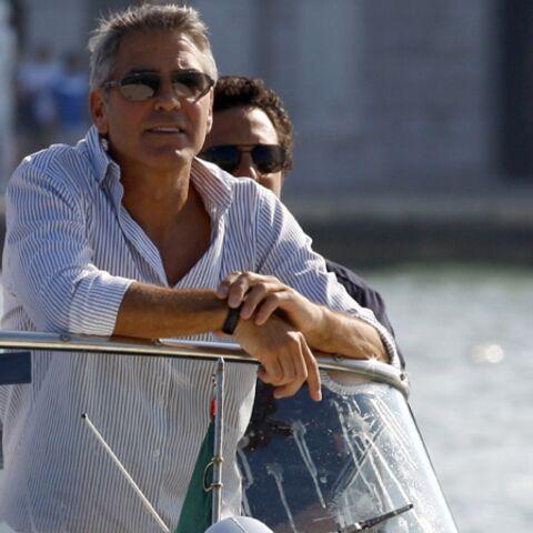 George Clooney accoste à la Mostra