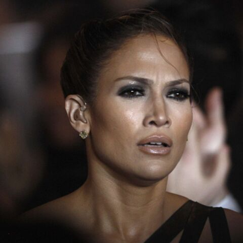 Vidéo: Jennifer Lopez, en détresse aux American Music Awards