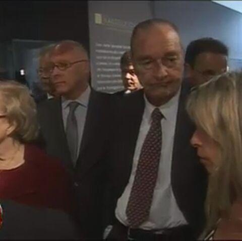 Jacques Chirac drague dans le dos de Bernadette