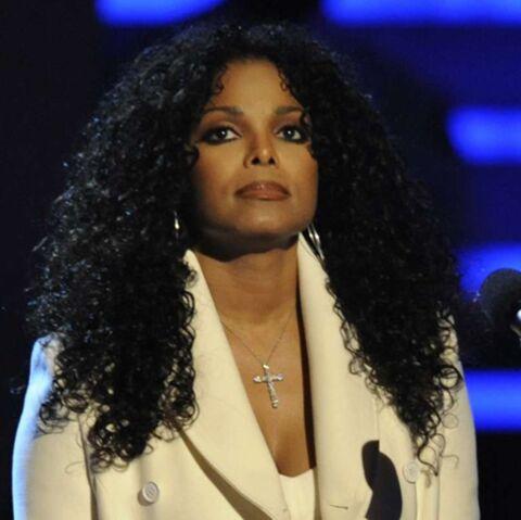 Regardez: Janet Jackson pleure son frère disparu