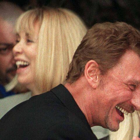 Johnny Hallyday et Mireille Darc à la noce