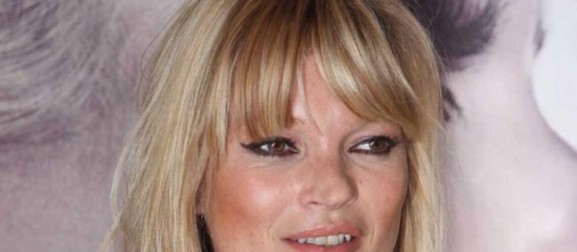 Kate Moss monte le son
