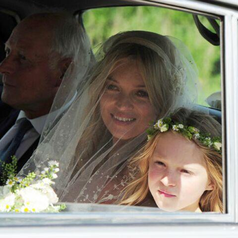 Photo – Kate Moss: mariée hippie-chic en John Galliano