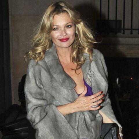 Kate Moss ne se découvre pas d'un Fendi
