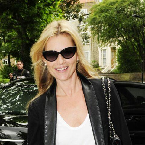 Kate Moss et Jamie Hince: après le grappin, la grappe