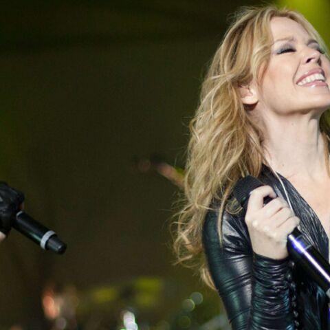 Kylie Minogue, trop hot pour Facebook?