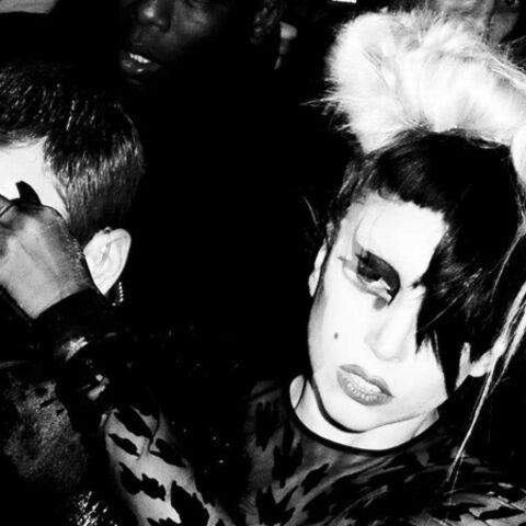 Lady Gaga soutient les victimes du séisme au Japon