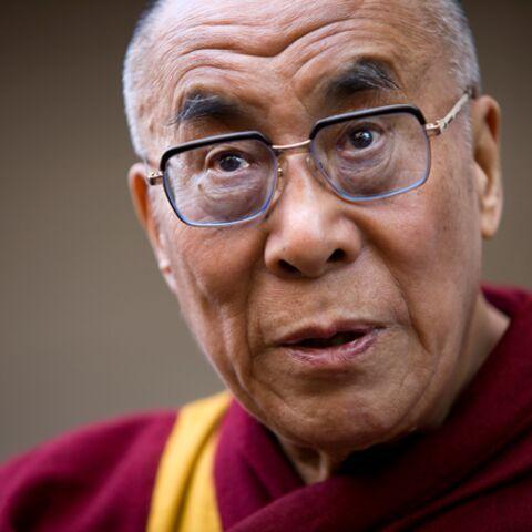 Le dalaï-lama gazouille sur Twitter!