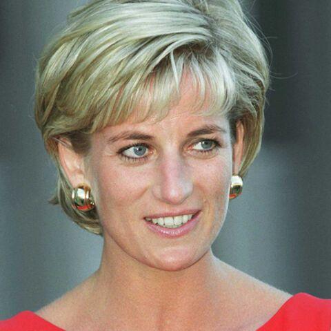 Buckingham Palace accepte enfin de dédier une statue à Lady Diana, à la demande d'Harry et William