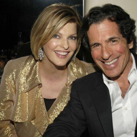 Linda Evangelista et Peter Morton ont rompu leurs fiançailles