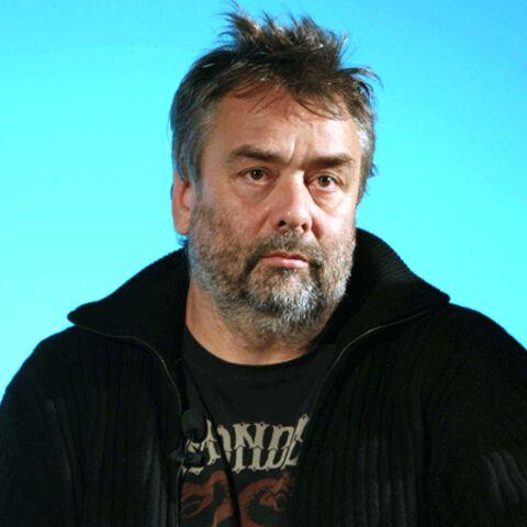 Luc Besson en a marre de se prendre des (grands) bleus
