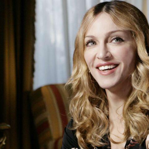 Madonna: batifoler ou adopter, elle doit choisir!