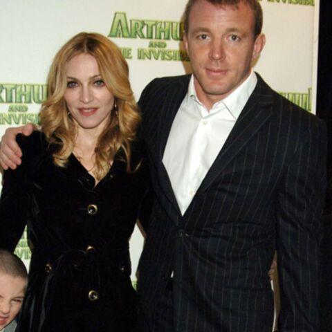 Madonna ou Guy Ritchie, qui va garder les enfants?
