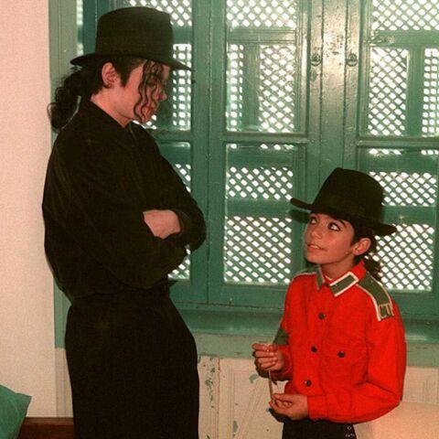 Omer Bhatti, l'enfant caché de Michael Jackson sort de l'ombre