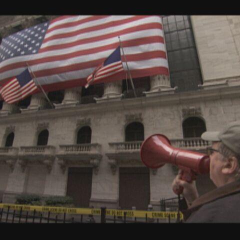 Vidéo: Michael Moore aux racines de la crise économique