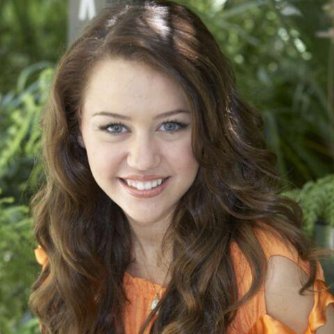Miley Cirus fan du décolleté de Katy Perry