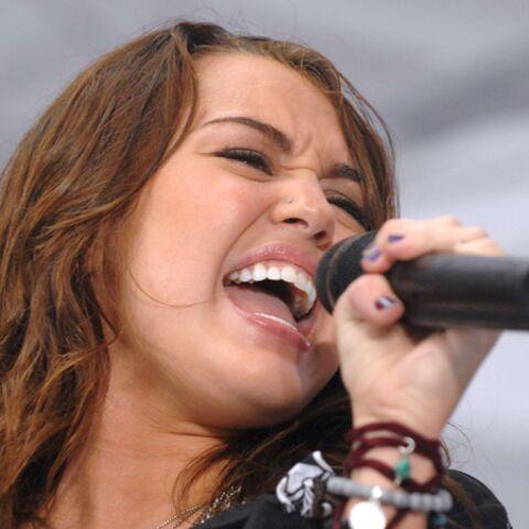 Vidéo – Le rap endiablé de Miley Cyrus contre Twitter