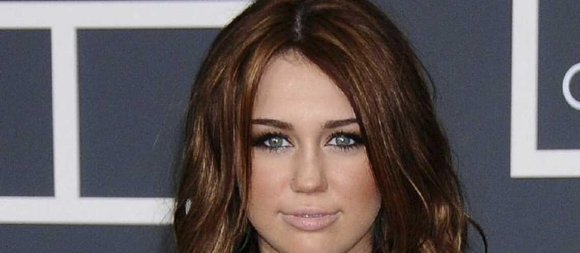Miley Cyrus s'offre un septième tatouage