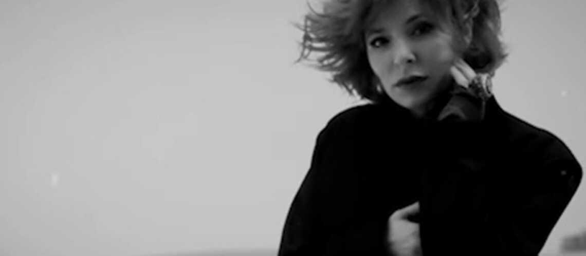 VIDEO- Bleu noir, le nouveau clip de Mylène Farmer