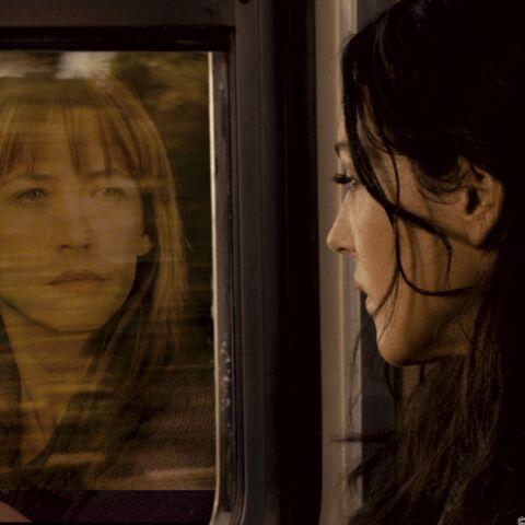 Sophie Marceau e(s)t Monica Bellucci dans Ne Te Retourne Pas