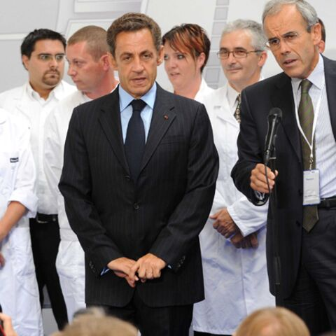 Buzz vidéo: Nicolas Sarkozy toise ses amis