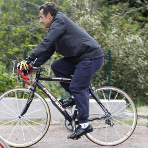Paris-Roubaix: Nicolas Sarkozy préfère les pavés à la plage