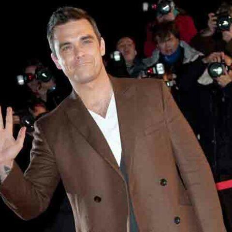Le jour où Robbie Williams a fumé de la drogue à Buckingham Palace