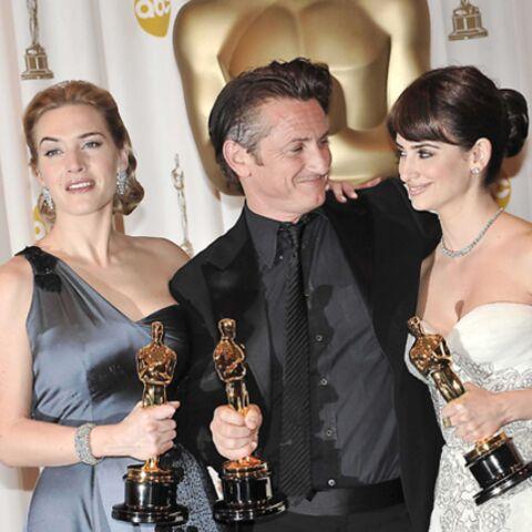 Penelope Cruz, Kate Winslet et Sean Penn triomphent aux Oscars
