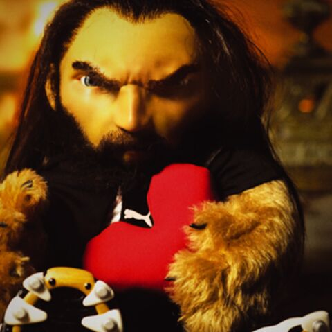 VIDEO- L'ourson Chabal: un truc en peluche pour la Saint Valentin