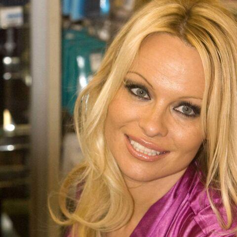 Pamela Anderson s'attaque à Vladimir Poutine